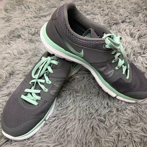 Nike Flex Fitsole Running Shoe